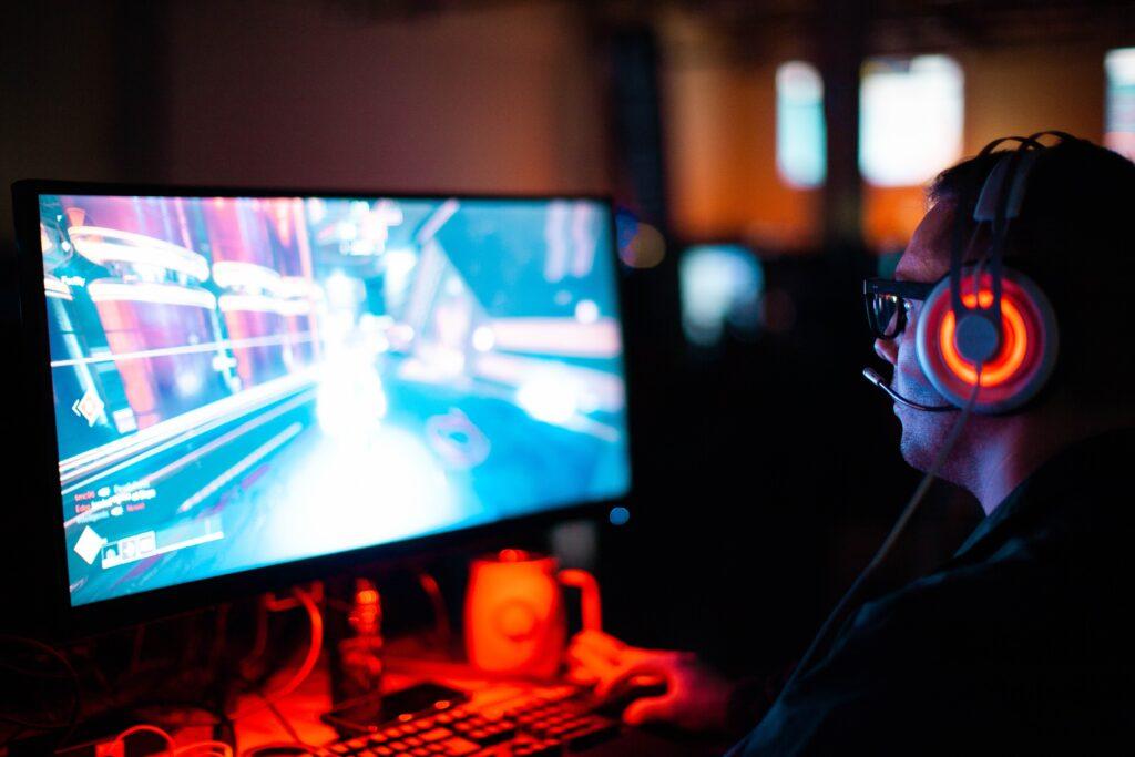 integracja-firmowa-online-1024x683 Esportowa rywalizacja w firmie jako sposób na integrację online