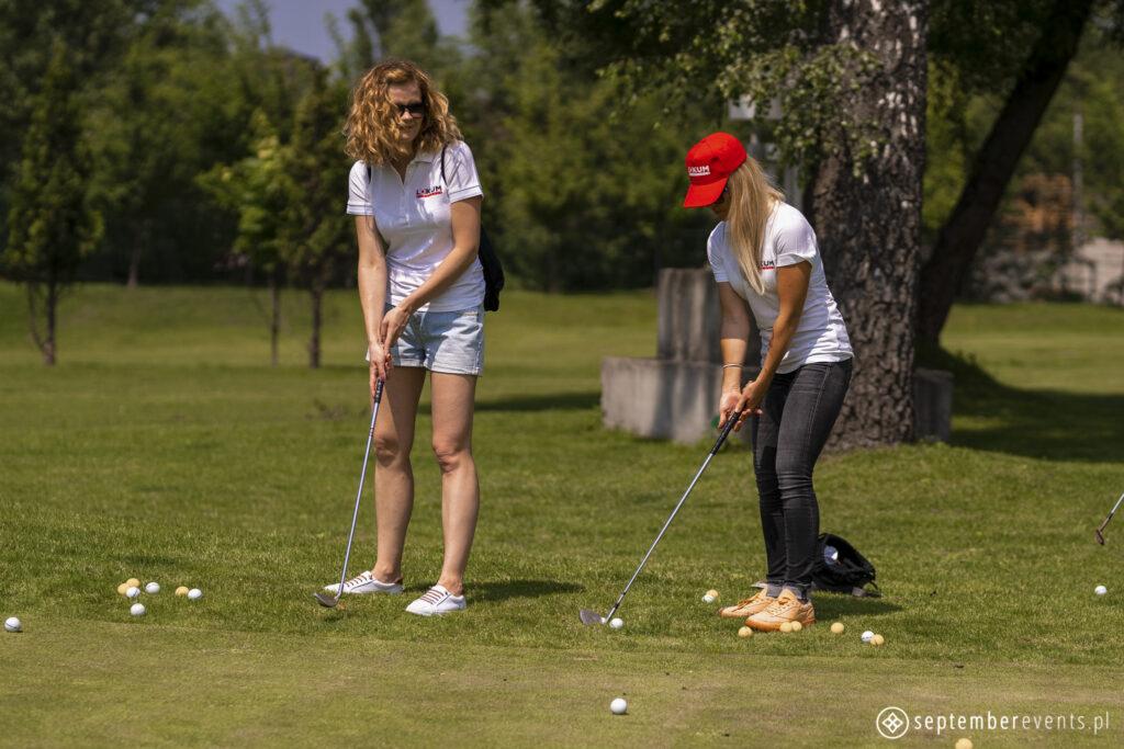nauka-gry-w-golfa-agencja-1024x683 Czym różni się team building od imprezy integracyjnej?