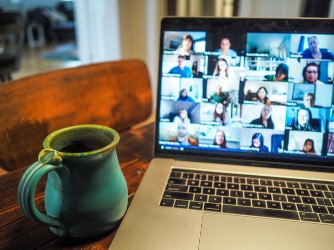 organizowanie-eventow-online Eventy online - cud jednego kryzysu czy zostaną z nami na dłużej?